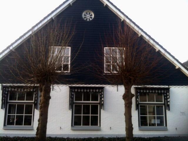 Ingang van de lespraktijk - Dorpsstraat, Rheden